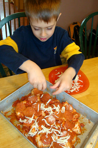 Bubble Up Pizza Recipe - Z-Man Spreads Cheese