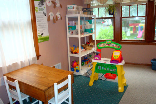 Play Room - Table