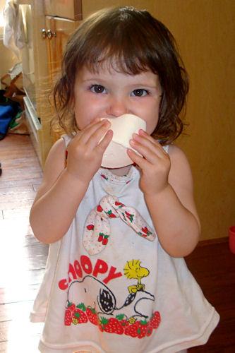 Peanut Eats a Giant Marshmallow