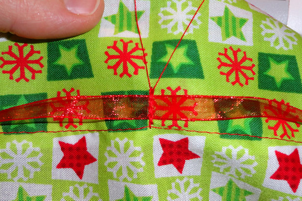 Make Cloth Gift Bags - Ribbon