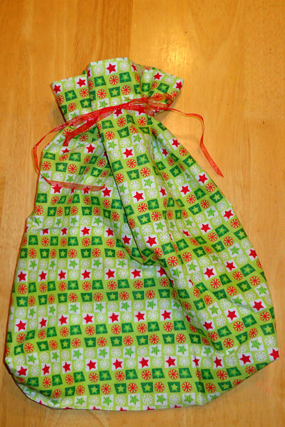 Make Cloth Gift Bags - Tie