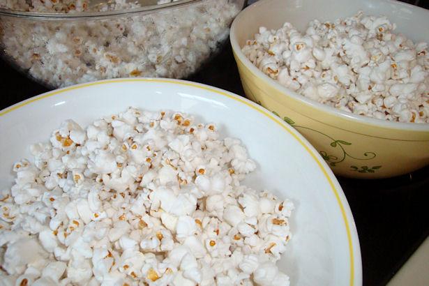 Microwave Caramel Corn Recipe - Divide Popcorn