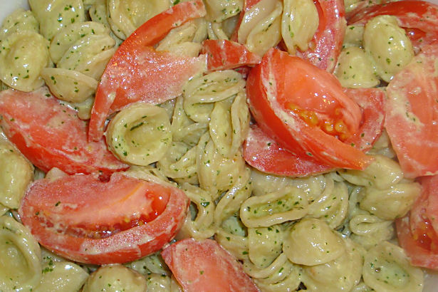 Pesto Cream Sauce on Pasta