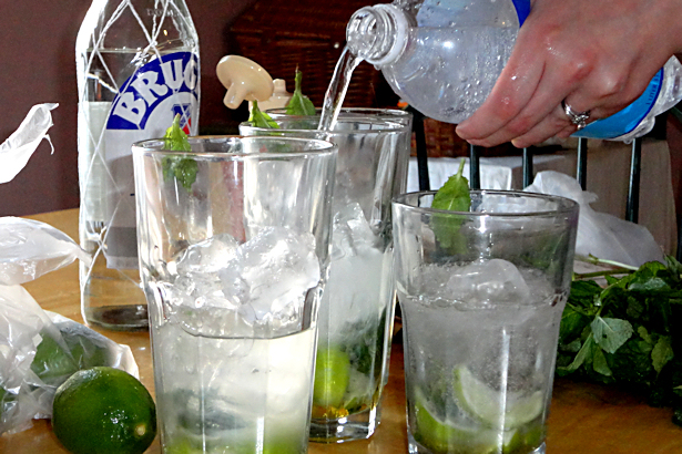 Best Mojito Recipe - Club Soda