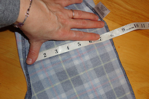 Make Kid's Pajama Pants - Measure Front