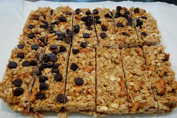 Homemade Granola Bars - Yum!