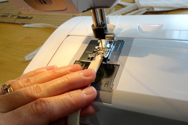 Make Basket Liners - Sewing the Bow