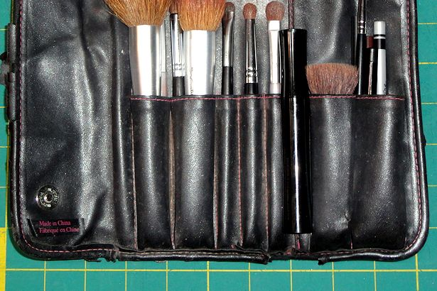 Makeup Brush Roll - Middle Pocket Sections