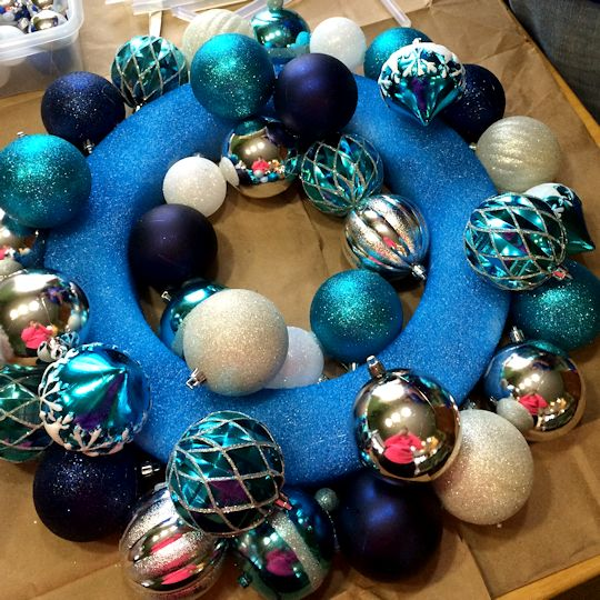How to Make an Ornament Wreath - Fill in the Middle