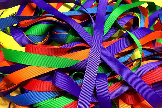 Make Waldorf Hand Kite - Ribbons