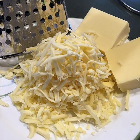 Easy Crock Pot Breakfast Casserole Recipe - Shred Cheese