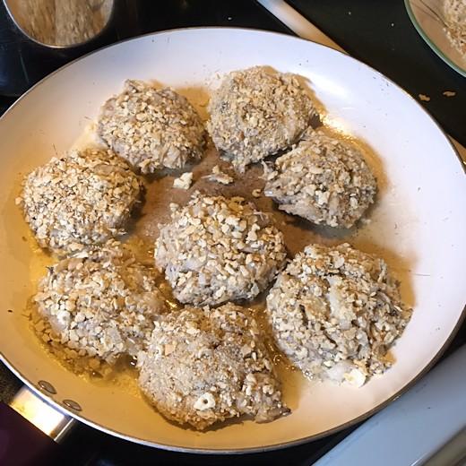 Mrs. Duvall's Crab Cake Recipe - Cook Crab Cakes