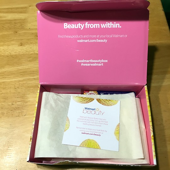 Walmart Beauty Box Summer 2016 - Inside
