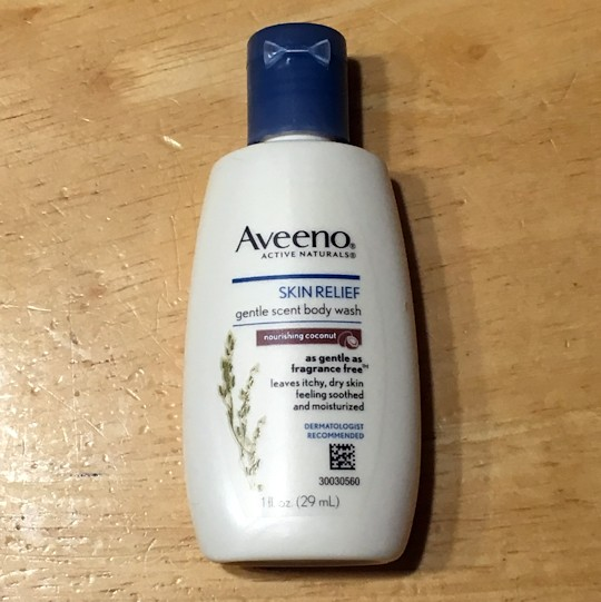 Walmart Beauty Box Summer 2016 - Aveeno Body Wash